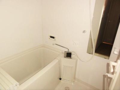【浴室】プレジールコートカルハマ