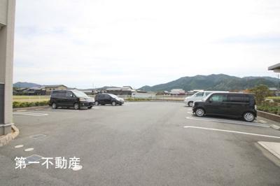 【駐車場】ムックinアサカ2
