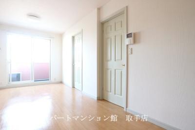 【居間・リビング】アイビーハイツ