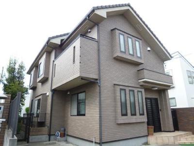 三井ホーム施工。敷地内、駐車スペース有ります。住宅地