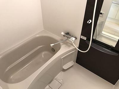【浴室】ラ・フォーレ久宝園