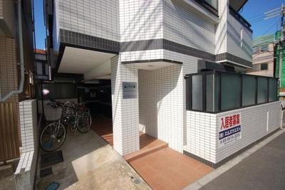 【エントランス】モンシャトー中野・新井館
