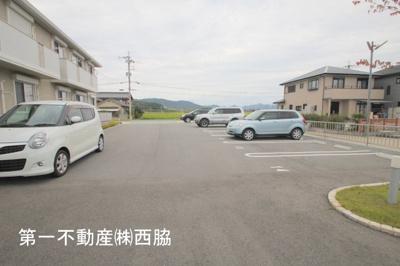 【駐車場】リラフォートA