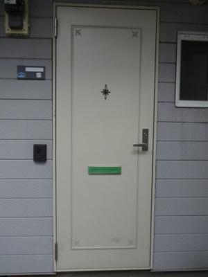 【玄関】クレセントハウス