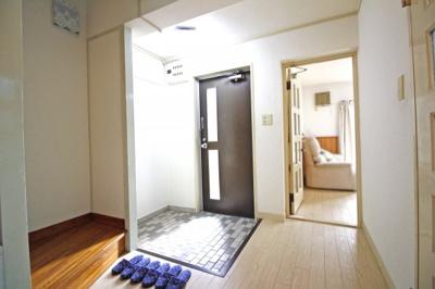 【玄関】伏見区桃山町大島 中古テラスハウス