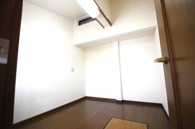 【洋室】伏見区桃山町大島 中古テラスハウス