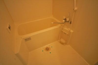 【浴室】プライムガーデンイースト