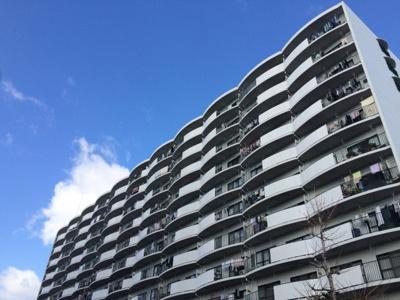 【外観】阪急南茨木駅前ハイタウンB棟