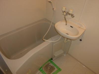【浴室】コート十三
