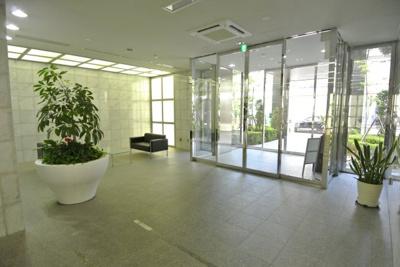 【エントランス】リーガルタワー船場