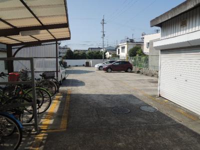 【駐車場】二宮マンション
