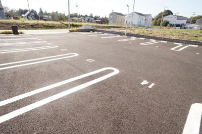 【駐車場】フォンテーヌB