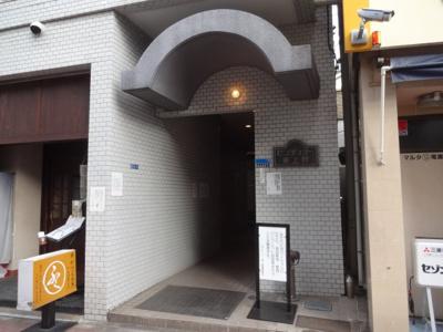【エントランス】センチュリー東上野