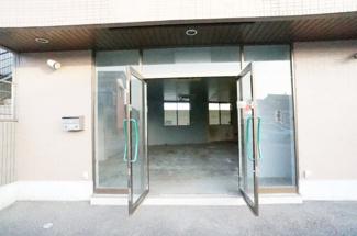 【エントランス】イイジマビル1階