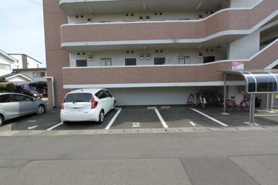 【駐車場】サンフルト