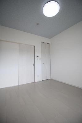 【寝室】シンプルハウス