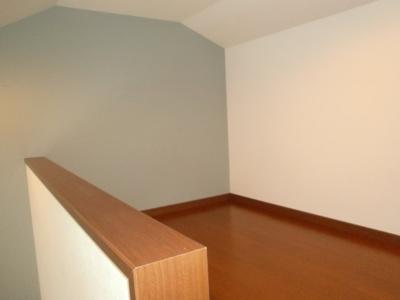 ハウスレオーネの洋室