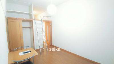ロフト付き・就寝スペースや収納スペースとしてもお使いいただけます。