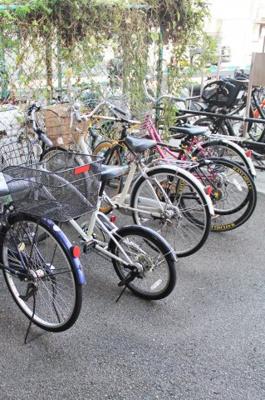 敷地内に自転車置き場置き場あります!