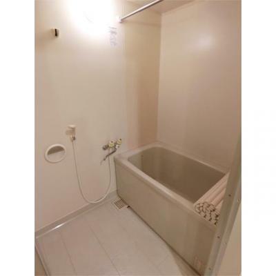 アンリベールIIの風呂