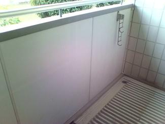 広いバルコニーなので洗濯物も沢山干せますよ!