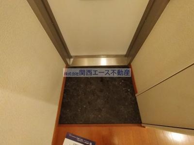 【玄関】レオパレス瓢箪山