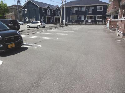 【駐車場】エンプレイス