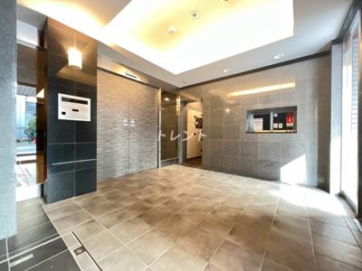 【エントランス】コンフォリア九段