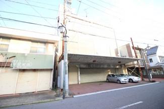 上物外観2-鉄筋コンクリート5階建の店舗居宅が存在します