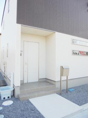 【エントランス】クオーレ桜ヶ丘