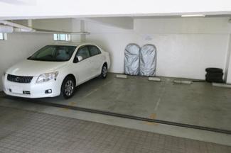青山有磯ビル駐車場