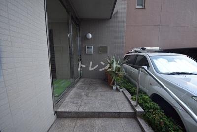 【エントランス】プレジール千駄木