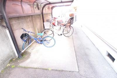 屋根付き・駐輪・バイク置場