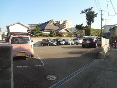【外観】正泰駐車場