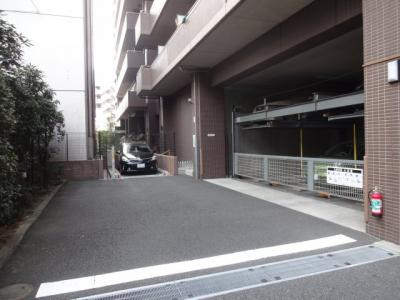 【駐車場】アルカーデンタワー入谷
