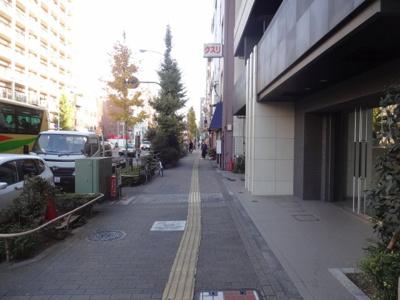 グランスタイル浅草 建物前