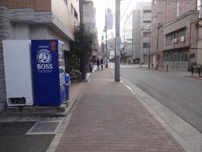 レフィーズ上野 建物前