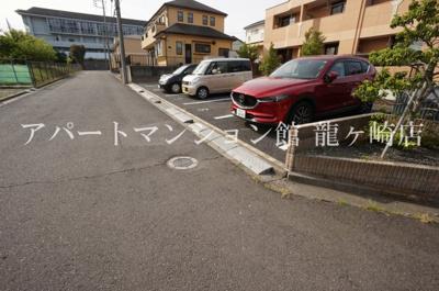 【駐車場】ドマーニ