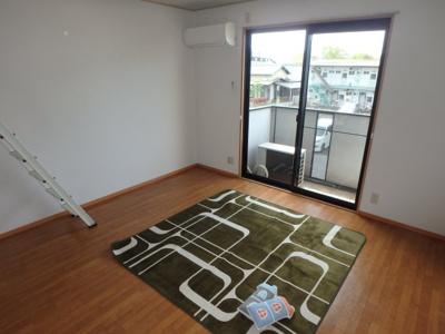 神田 マーチ 1K 洋室