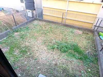 【庭】パティオ久米 B
