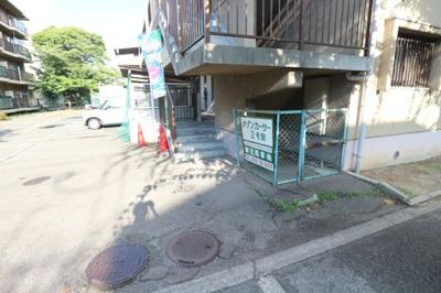【エントランス】メゾンカーサー2号館