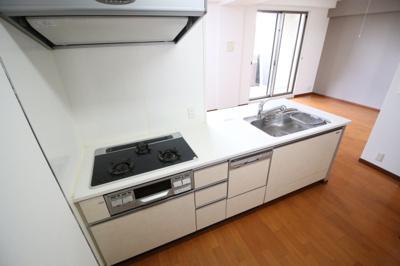 【キッチン】ブランズ須磨鷹取リヴェール