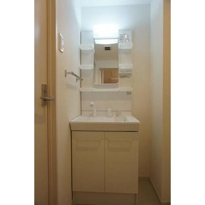 リブリ・コンフォールの独立洗面台