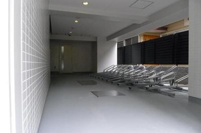 ステージファースト根岸 駐輪場