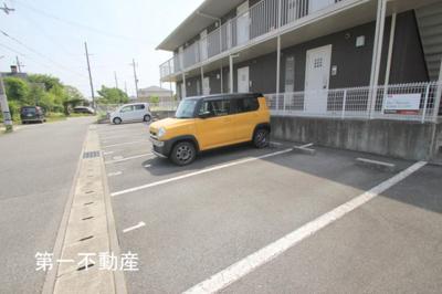 【駐車場】メゾン・ド・モンテヴァン