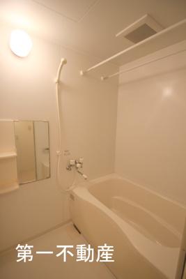 【浴室】メゾン・ド・モンテヴァン