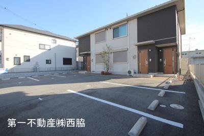 【駐車場】コスモ・レジデンス