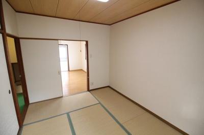 【寝室】海運町4 貸家(東)