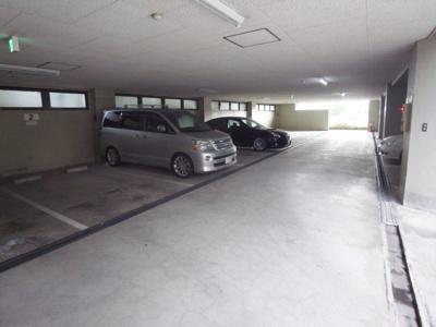 【駐車場】ハイローズマンション2番館