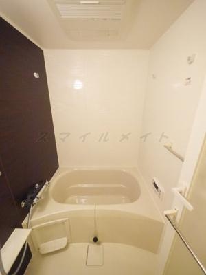追い焚き機能付きに浴室乾燥機能付き